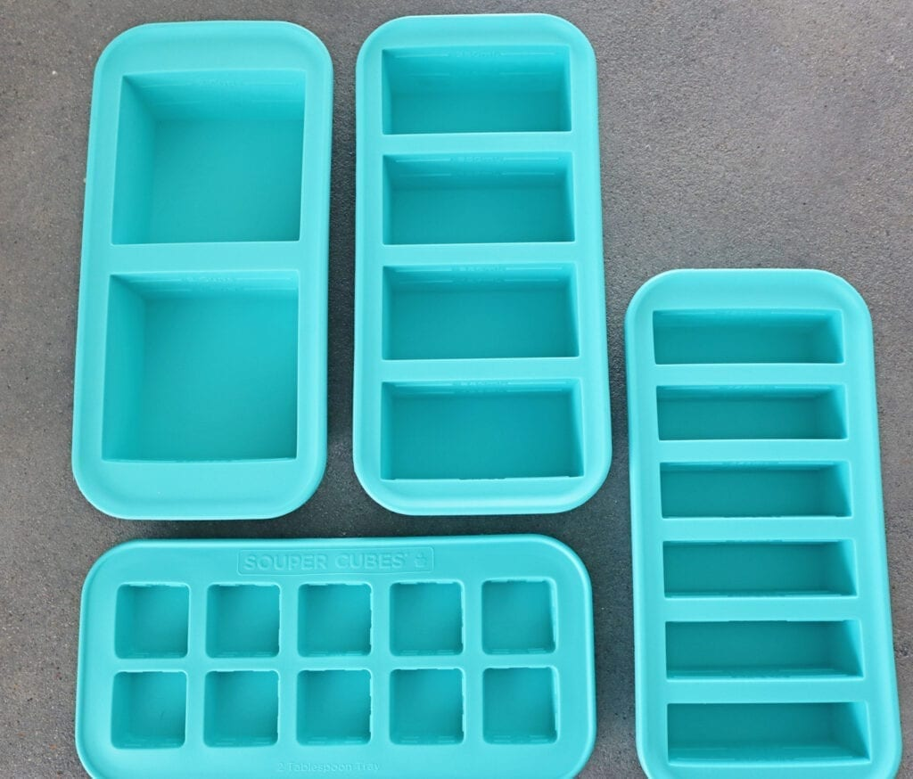 1/2 cup, 1 cup, 2 cup and Tables spoon Teal souper cube trays